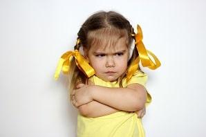 התפרצויות זעם אצל ילדים: איך אפשר לעזור לילד אימפולסיבי ותוקפני שנעלב במהירות?
